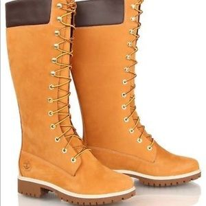 Timberlands tall nubuck leather boots 7